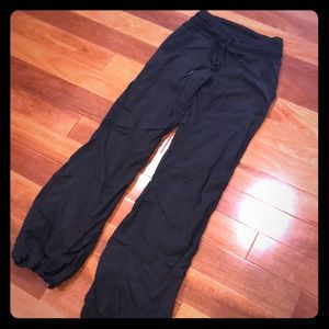 Lululemon size 2 Studio Pants, Fully Lined